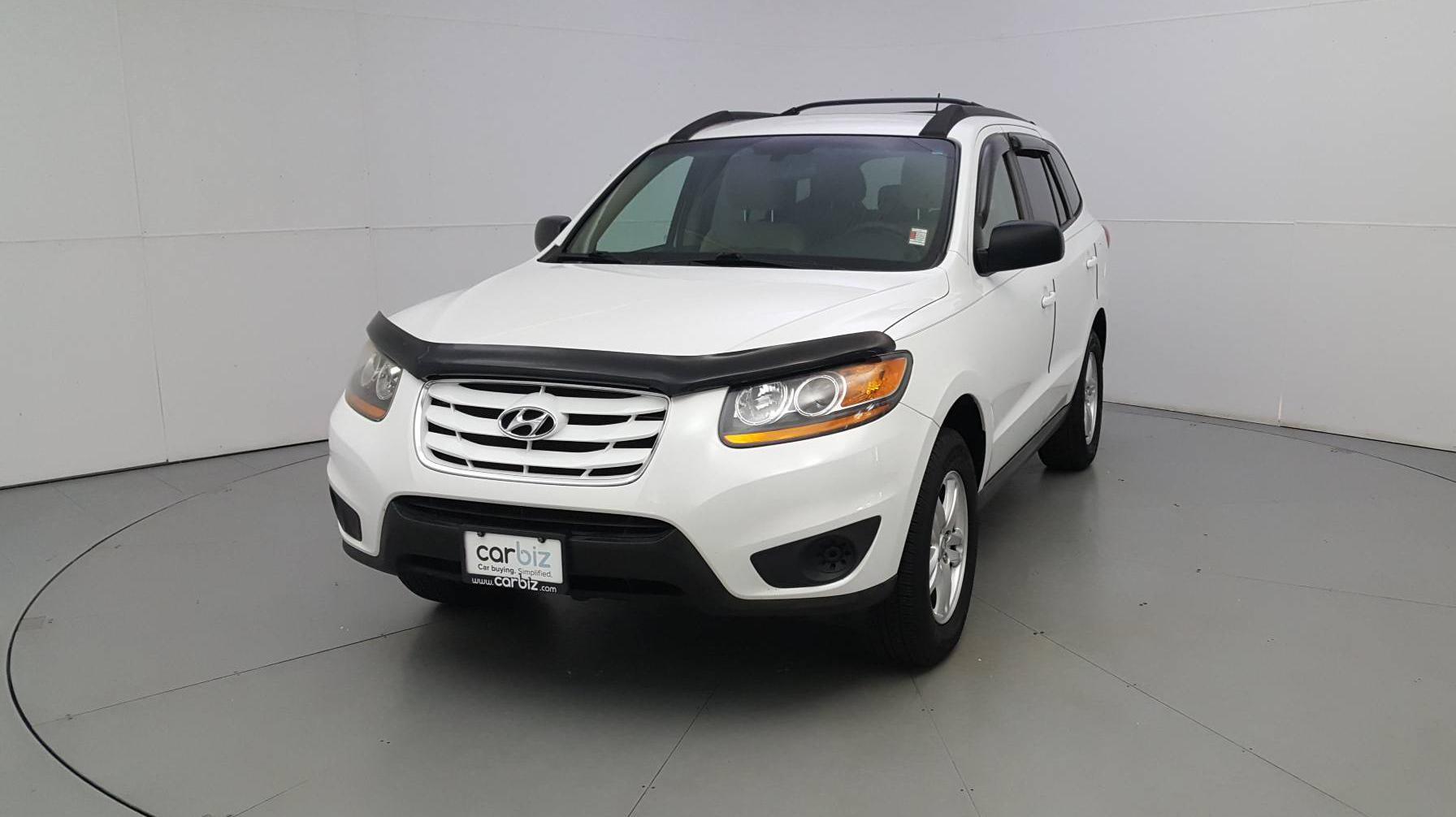 Pre-Owned 2011 Hyundai Santa Fe GLS
