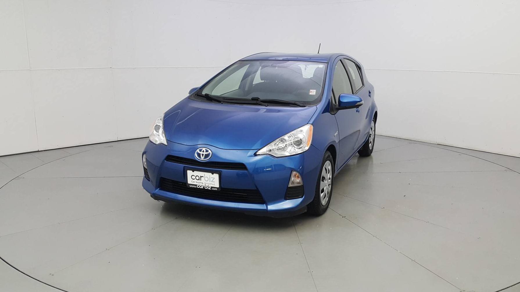 Pre-Owned 2013 Toyota Prius c Two